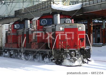 蒸汽承台发动机图纸看图纸高铁怎么火车钢筋图片