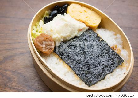 照片素材(图片): 便当 日式便当 午餐盒