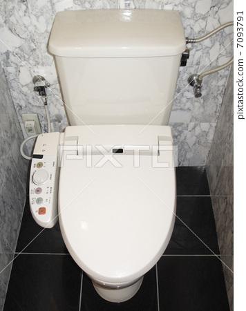 凳子 西式马桶 公共厕所