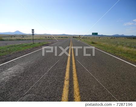 图库照片: 66号公路 美利坚合众国 直的