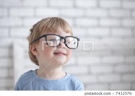 2016 glasses  baby in glasses