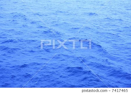 照片: 水面 海平面 海