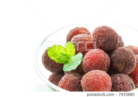 水果 杨梅 日本月桂树的果实