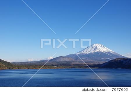 日本风景 山梨 富士山 照片 富士山 本栖湖 蓝色 首页 照片 日本风景