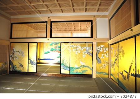 图库照片: 本丸御殿 房间分隔墙上的图片 名古屋城堡