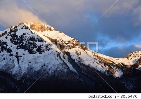 图库照片: 雪山 风景 烧岳