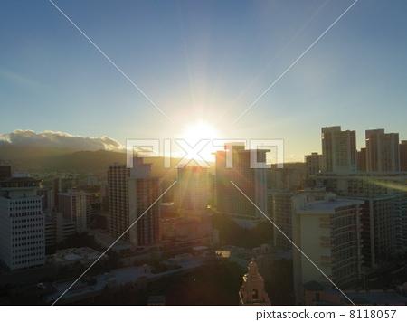 早晨的阳光 太阳 日出