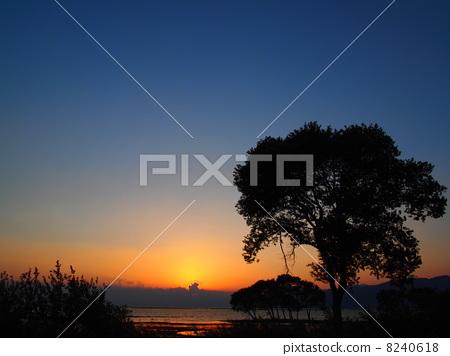湖岸边 湖畔 景观-图片素材 [8240618] - pixta