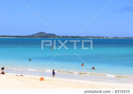 太平洋 蓝色的海洋 首页 照片 人物 男女 情侣/夫妻 凯路亚海滩