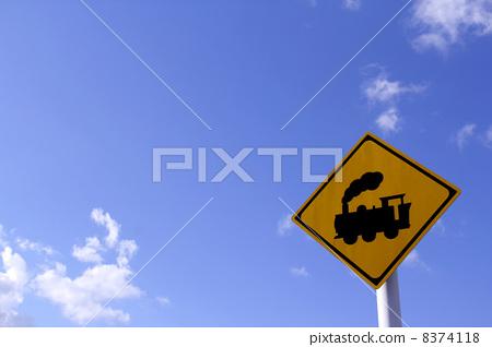 交通设施_建筑 红绿灯 签字 标志 迹象  *pixta限定素材仅在pixta网站