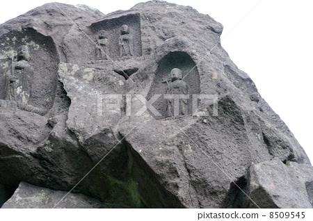 元箱根 首页 照片 世界风景 世界遗产_秘境 摩艾石像 刻在石头上的