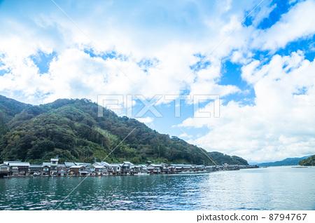 水粉风景画有海有舟