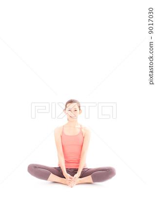 盘腿而坐 白色背景