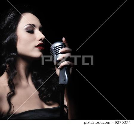 麦克风 歌手 唱歌