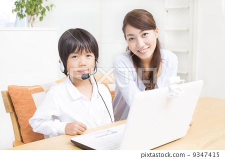 父母和小孩 聊天 私人家教-图片素材 [9347415]