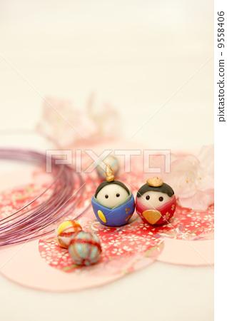 图库照片: 女儿节用娃娃 粘土工作 用粘土做东西