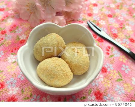 照片 生活方式_生活 餐 点心 黄豆粉年糕 甜点 甜品  *pixta限定素材