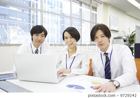 商务情境 合作/团队合作 文书工作 合作 团队合作  *pixta限定素材仅