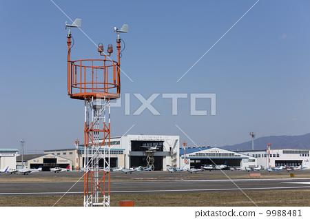 飞机库 小型飞机 飞机