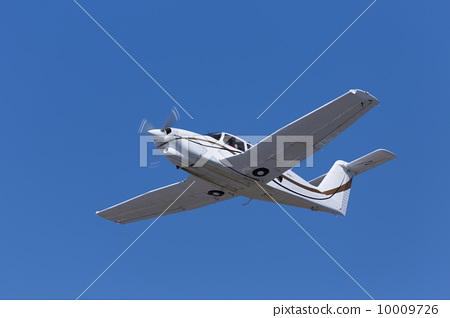 照片: 螺旋桨飞机 飞机 小型飞机