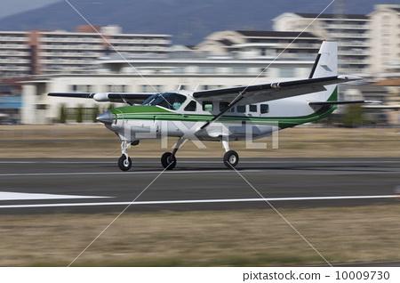 飞机 起飞 小型飞机