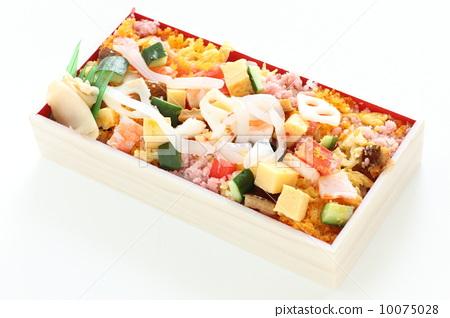 日式便当 散寿司 午餐盒-图片素材 [10075028] - pixta