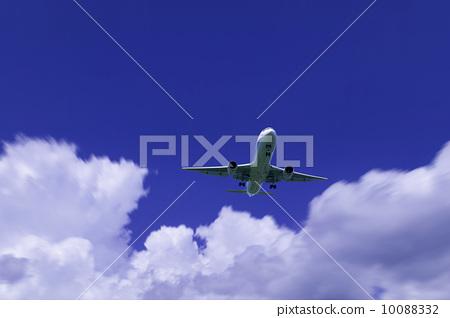 飞机 积雨云 云