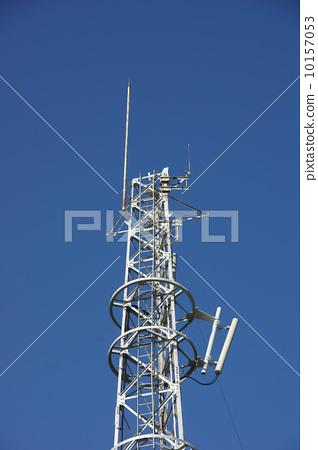 无线电塔 天线杆 蓝天