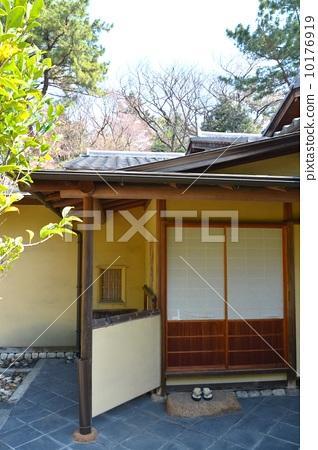 图库照片: 入口 日式房屋 房屋
