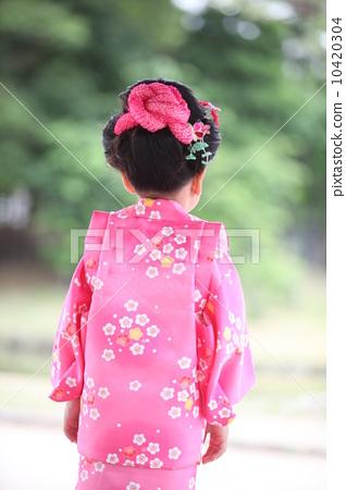 小女孩 小女孩 日式发型 和服  图库照片#10420304 授权信息此素材有