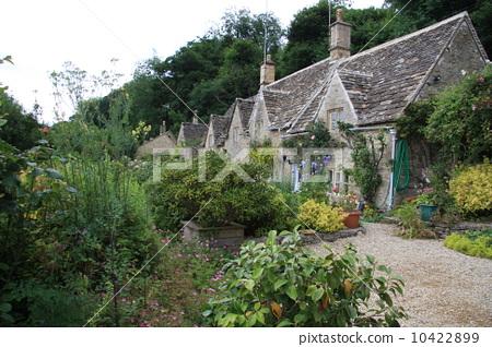 花园 英国花园 老房子-图片素材 [10422899] - pixta