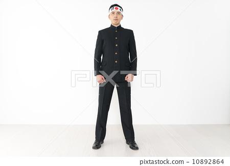 行为_动作 欢呼 欢呼 男人 日本男学生制服  *pixta限定素材仅在pixta