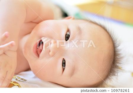 可爱初生婴儿头像