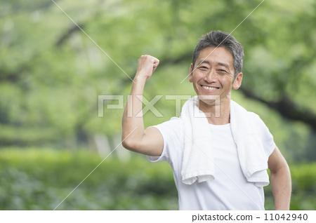 成熟50岁男人生活照