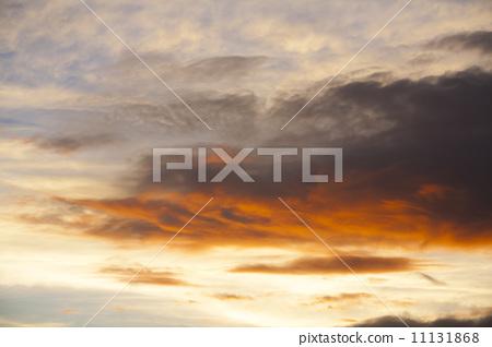 云彩 首页 照片 天空 日落 日落 日落 夕阳 云彩  *pixta限定素材仅在