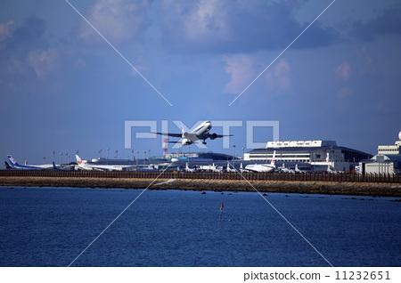 那霸机场 飞机 冲绳