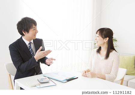 首页 照片 商务_工作 商务场景 面试 面试 面对面 问  *pixta限定素材