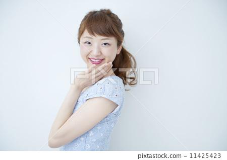 照片素材(图片): 人 女生 女孩