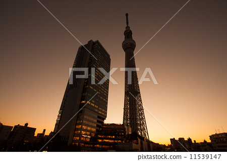 无线电塔 天线杆 晴空塔