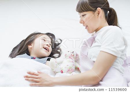 护士 平静的睡眠 幼儿园儿童