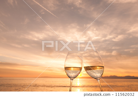 红酒桌面背景素材