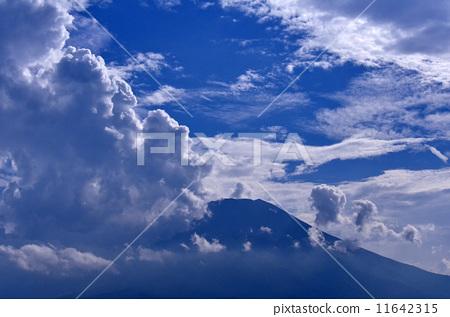 照片 夏天的云 富士山 云彩 首页 照片 日本风景 山梨 富士山 夏天的