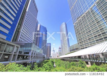 照片素材(图片): 建筑 办公楼 建筑群