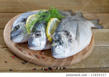 木制鱼图片大全