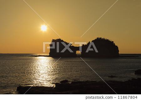 日落 円月岛 光辉