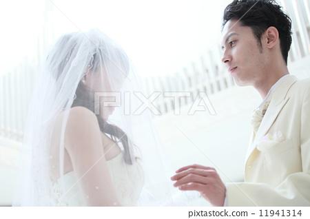 男女结婚晚上做的事