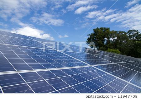 活动_节日 圣诞节 圣诞树 太阳能板 光伏 太阳能  *pixta限定素材仅在