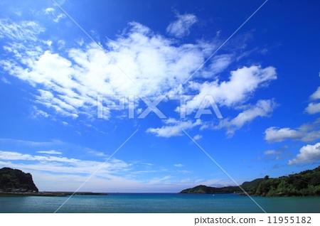 蓝天 照片 蓝天和海 首页 照片 天空 蓝天 蓝天和海  *pixta限定素材