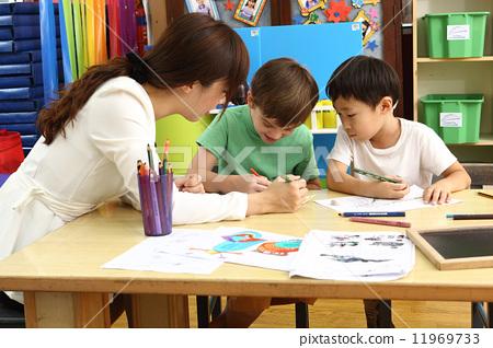 图库照片: 幼儿园 老师 教师