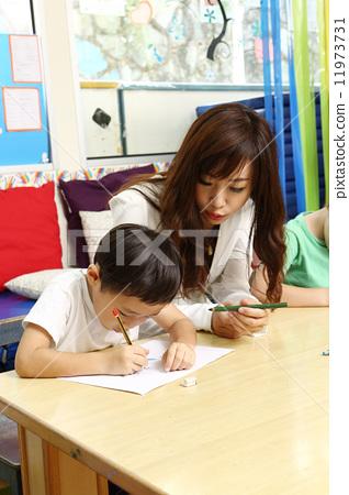 幼儿园老师 stock photos